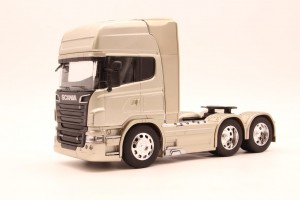 Scania R730 V8 skala 1/32 Welly
